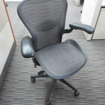 Herman Miller Aeron (Tuxedo) Chair