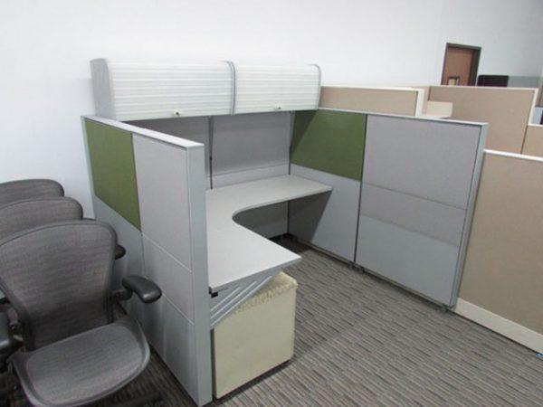 Stylish Herman Miller Vivo Cubicles & Workstations