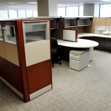 Great Deals on Used and Refurbished Cubicles & Workstations